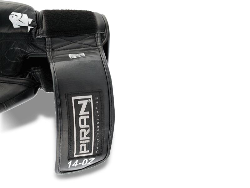 8 cm široký pásek umožnuje stažení ruky kolem zápěstí, čímž ho zpevňuje, rukavice dobře sedí na ruce a napadá.
